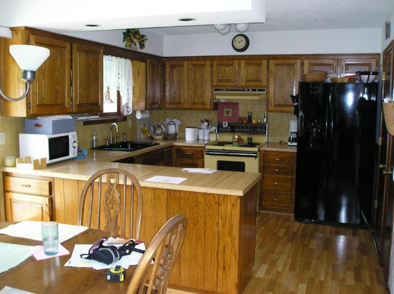 80 39 S Kitchen Update Before